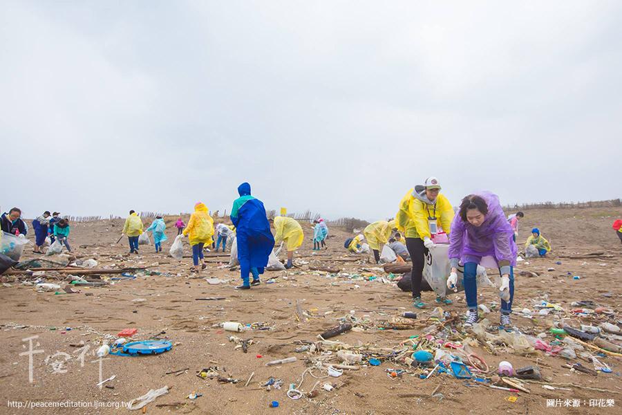 RE-THINK,黃之揚,社群媒體,環台淨灘,環保署,環境議題,社團法人台灣重新思考環境教育協會,靈鷲山無生道場